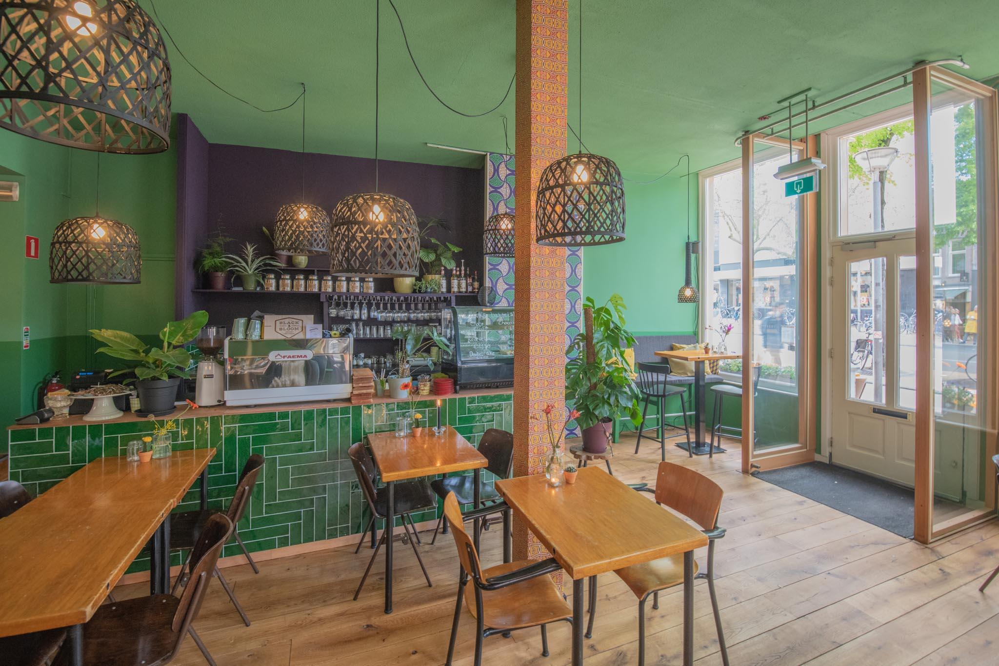 De Groene Stoel - Ingang + bar